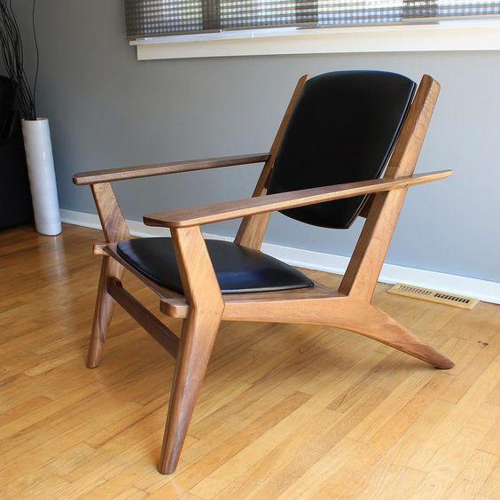 silla inclinada madera neoclasica