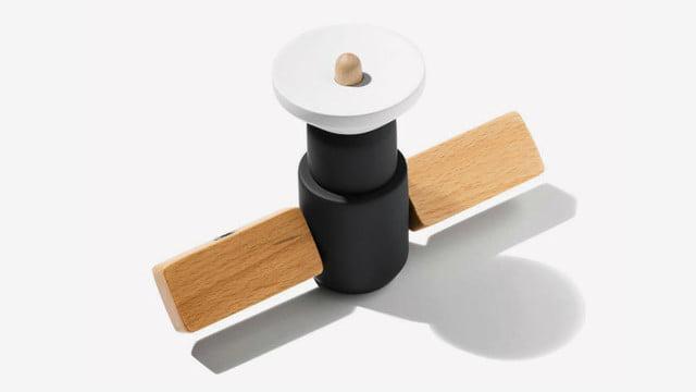 juguete de escritorio satelite artificial de madera