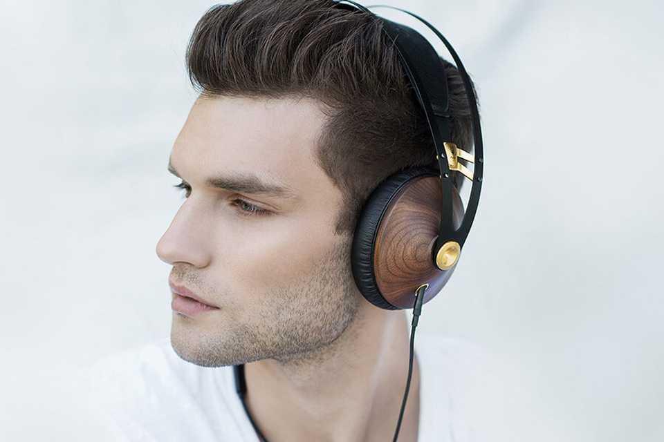 audifonos supra aurales madera comodos elegantes dorado