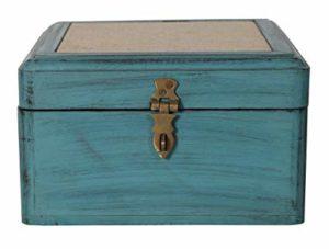 cofre de madera teñida