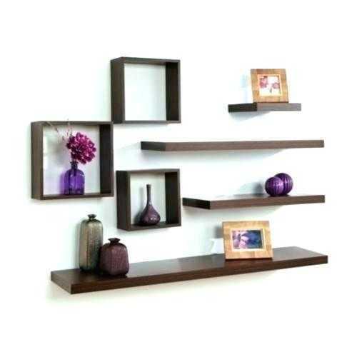 combinacion de repisas estantes decoracion cuadrados y tablas horizontales