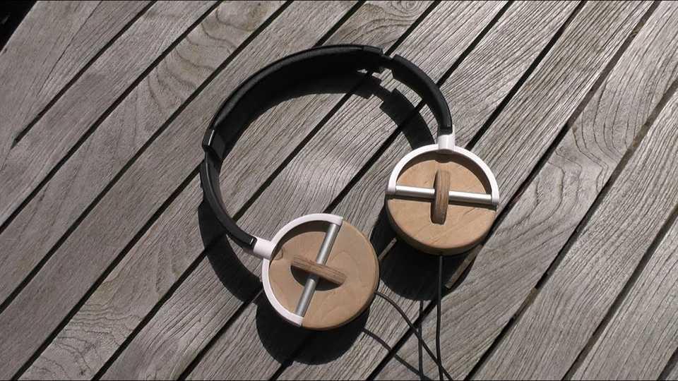 diferentes audifonos livianos resistentes madera sonido