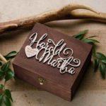 estuche anillos.de .boda en madera