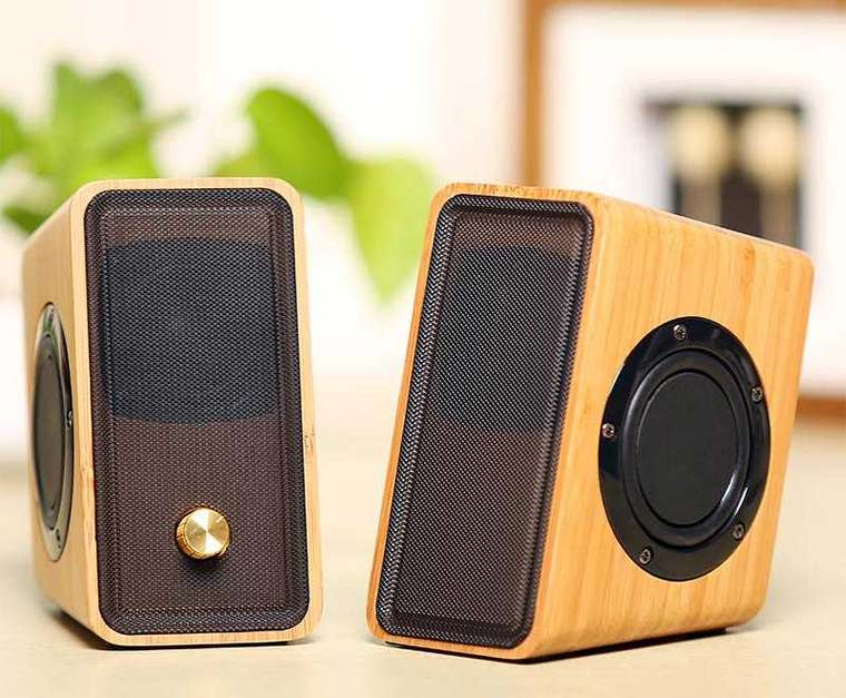 parlantes de madera