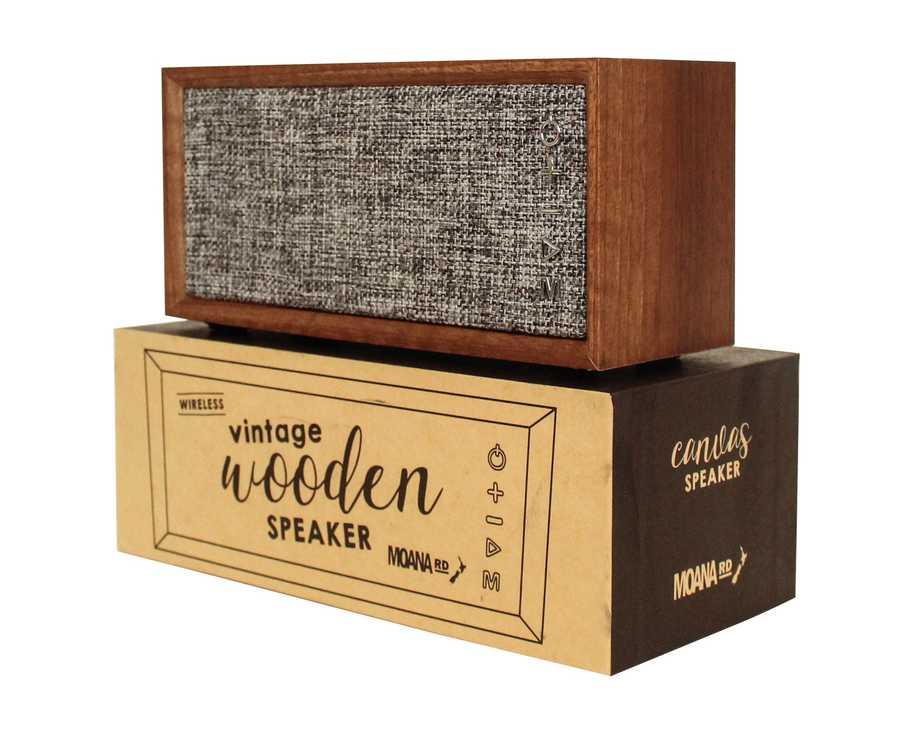 parlante vintage antiguo diseno sonido power bass bajos agudos madera tela acustica