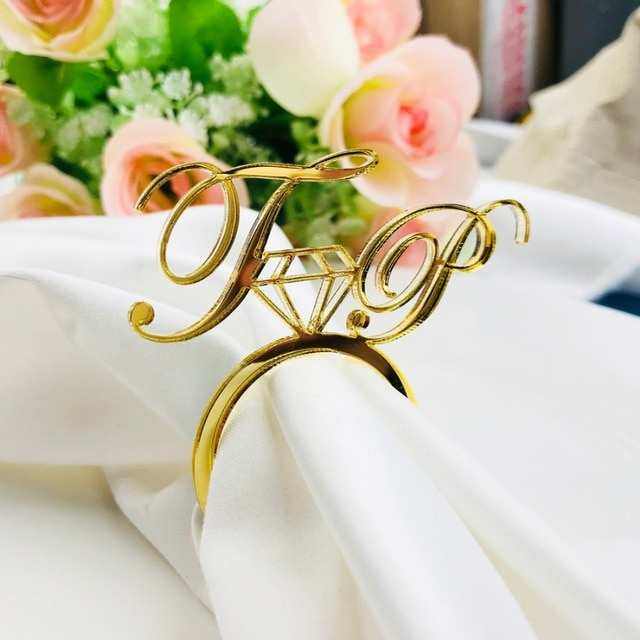 servilletero personalizado pintado en dorado