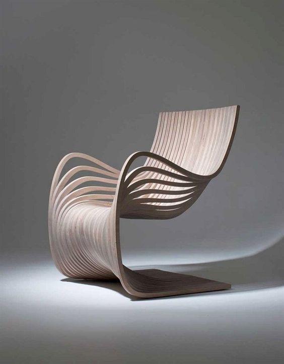 silla tallada en madera moderna artistica conceptual