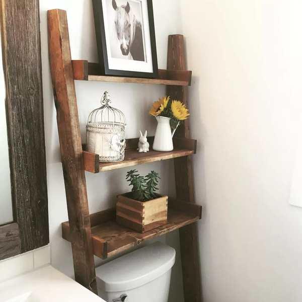 estanteria de pie hecha en madera rustica