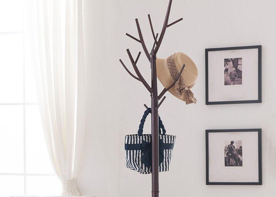 perchero de madera en forma de arbol moderno concepto de diseno